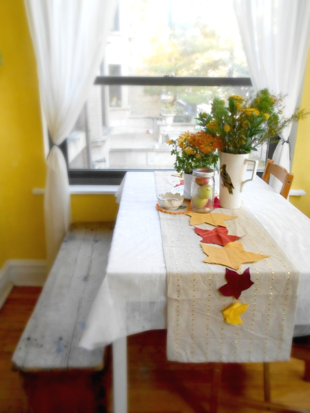 greening martha diy eco table runner