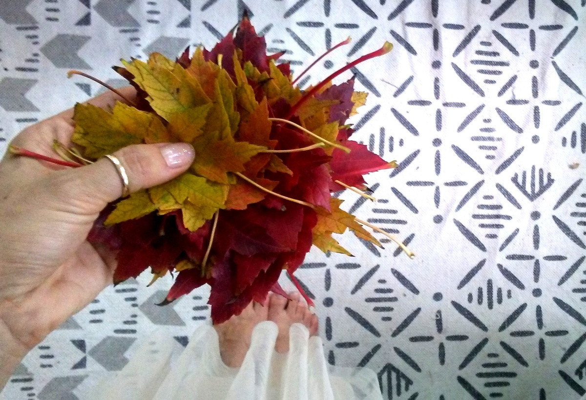 Biodegradable Leaf Wreath
