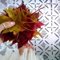 Biodegradable Leaf Wreath